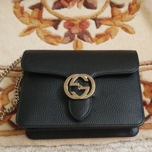 New Black Leather Gucci Interlock Chain Handbag